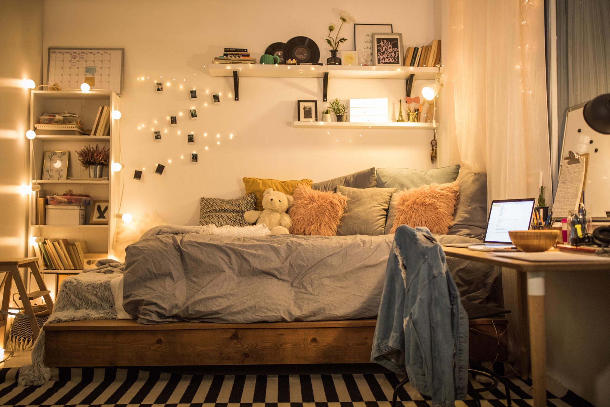 Оправяйте леглото си всеки ден, когато станете.