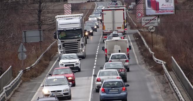 България Интензивен трафик и засилено полицейско присъствие по пътищата Полицията