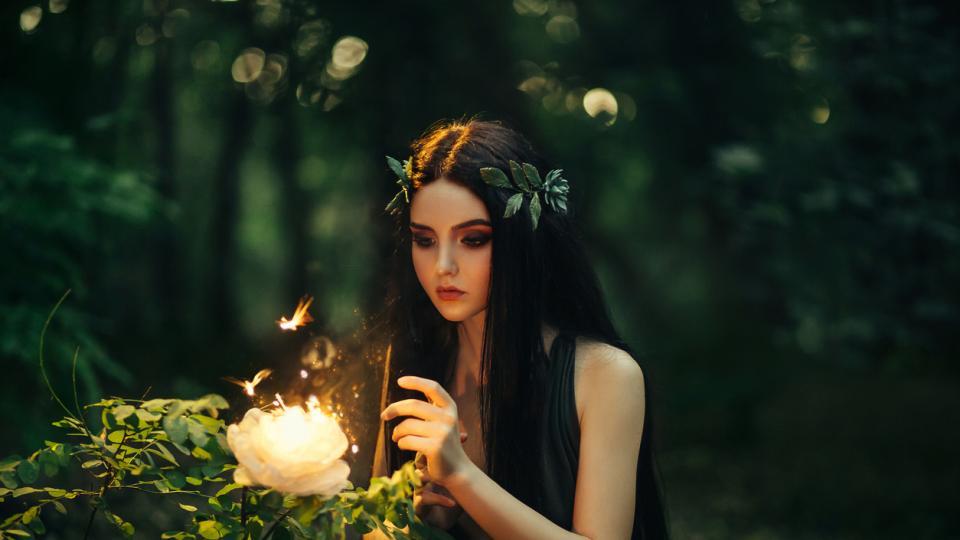 жена мистично магия