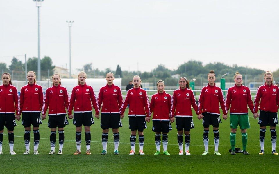 Грешна стъпка за Испания, перфектен старт за Германия на ЕВРО 19' в България