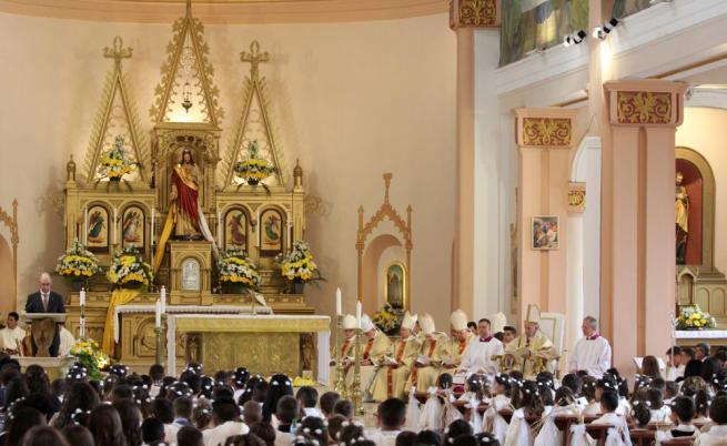 Вторият ден на папа Франциск в България
