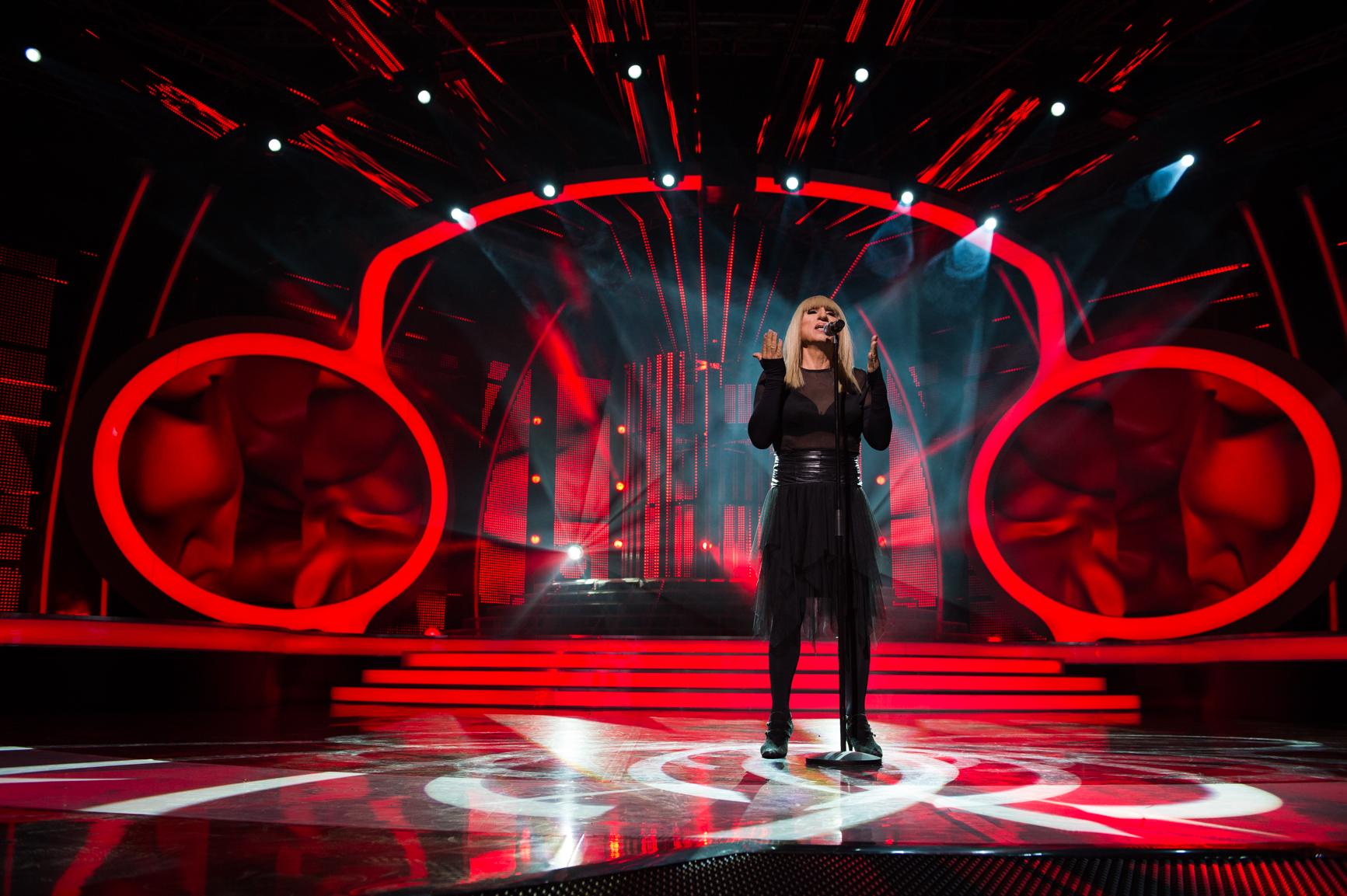Милко Калайджиев като Лили Иванова