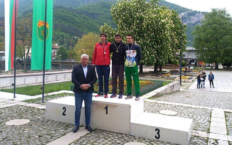 Кирил Николов е шампион в националото първенство по планинско бягане