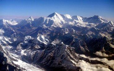 Коронавирусът поставя под въпрос сезона на Еверест