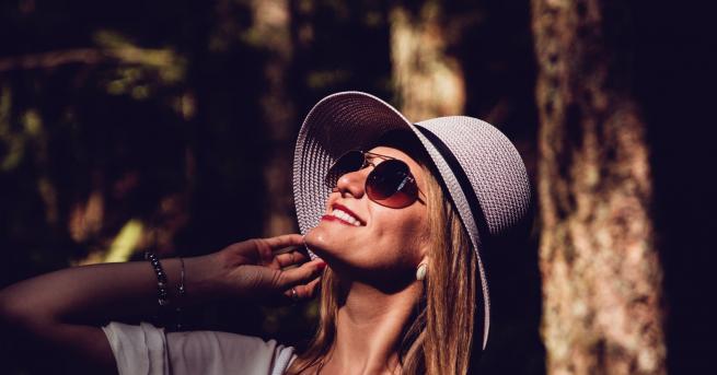 Знаете ли кое е най-доброто средство за хубава кожа?Слънцето. Когато