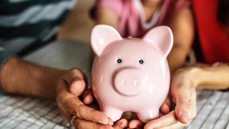 4 сигурни сигнала, че не трябва да делите пари с партньора си