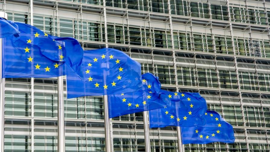 <p>ЕК препоръчва преговори със Северна Македония и Албания&nbsp;</p>