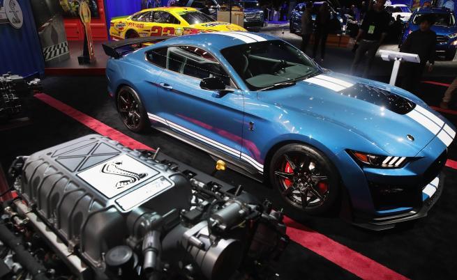 Легендата - Ford Mustang GT 500