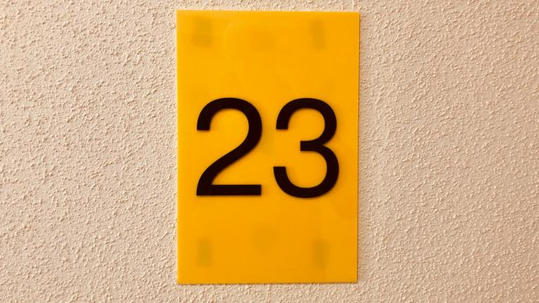 23 число