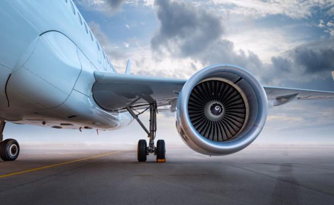 Израелски самолет кацна аварийно в София