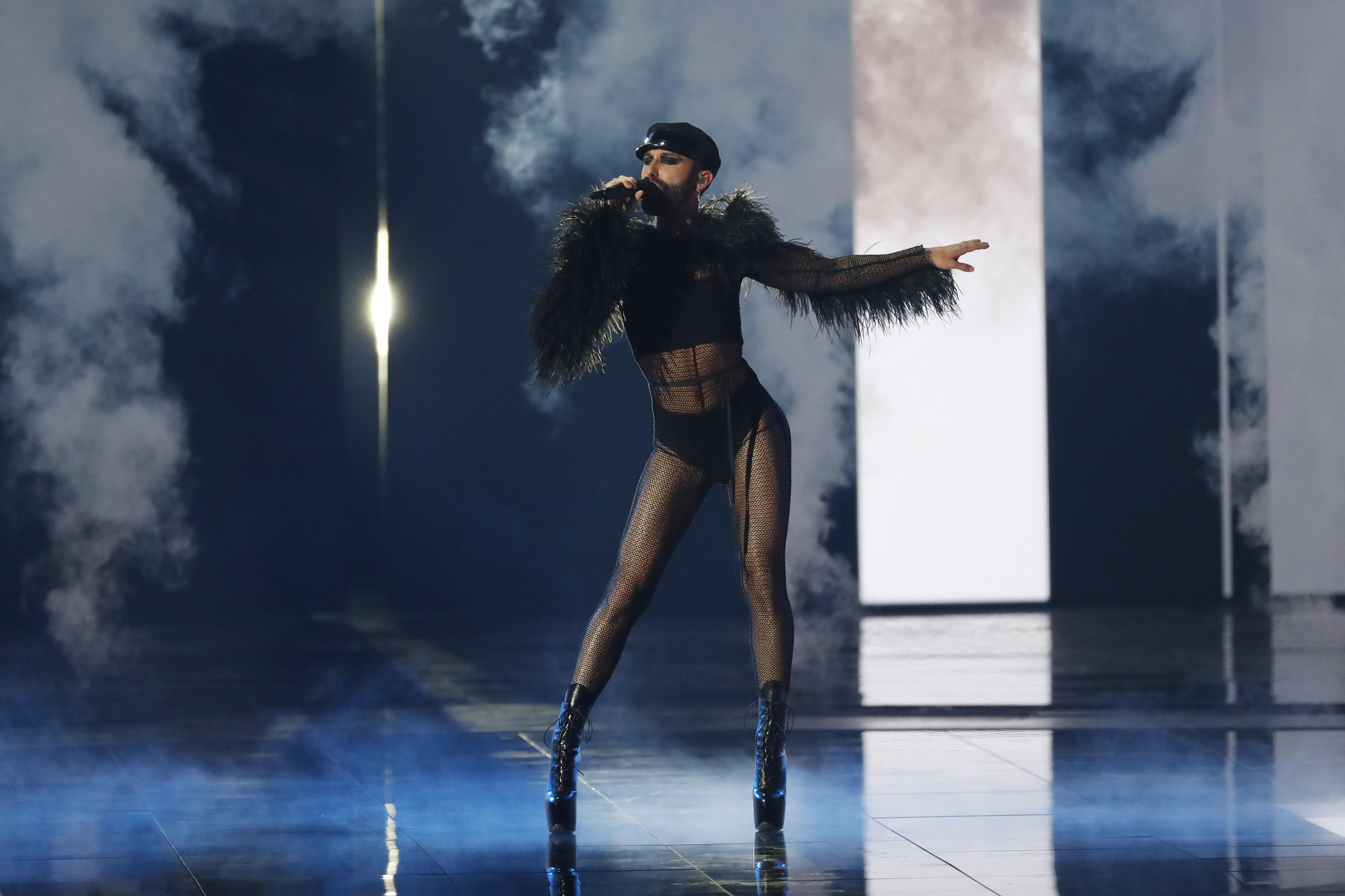 """Кончита Вурст, победител от """"Евровизия"""" 2014г."""