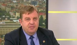 <p>Каракачанов за терасата: Една поредна манипулация</p>