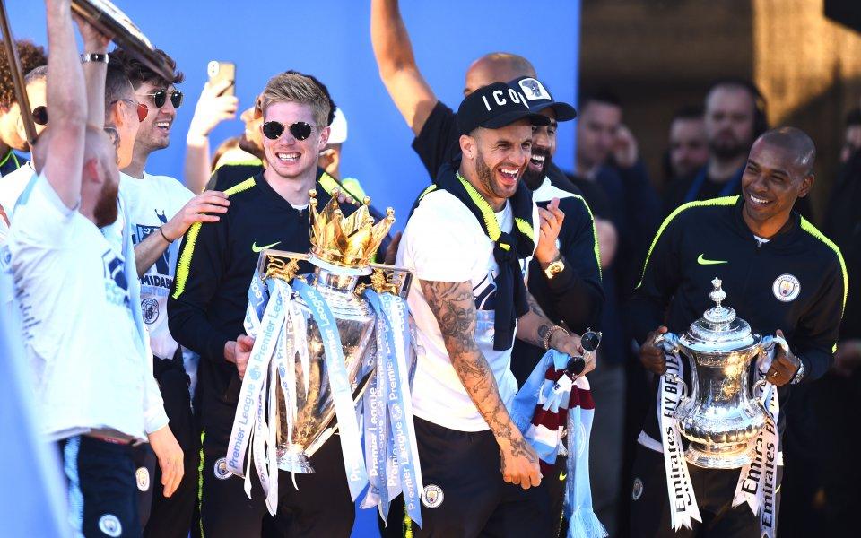 Днешният шампионски парад на Манчестър Сити по повод завоювания требъл