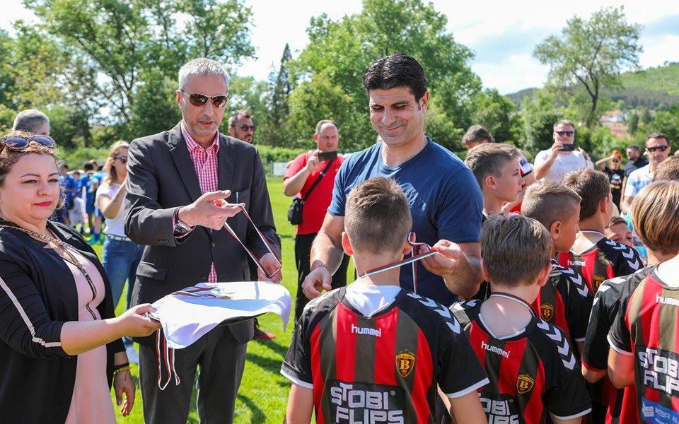 Вардар Скопие победи Левски за купата на детски турнир в Панагюрище