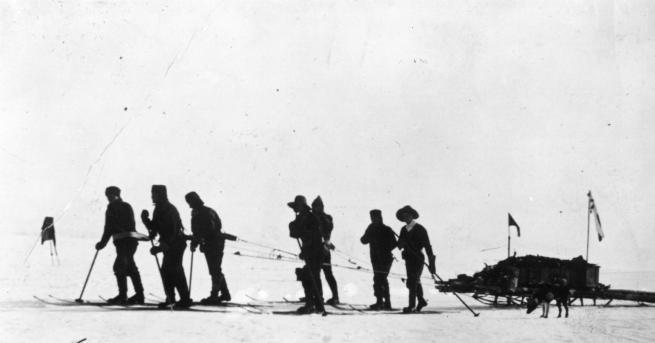 Любопитно Надпреварата за Южния полюс, хижата на капитан Скот И