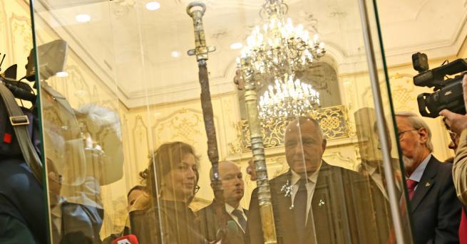 България Борисов: Ще говорим за отливка на меча на хан