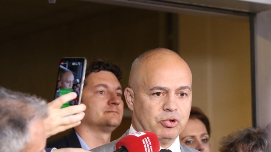 БСП: ГЕРБ правят внушения за хаос, за да отблъснат от гласуване