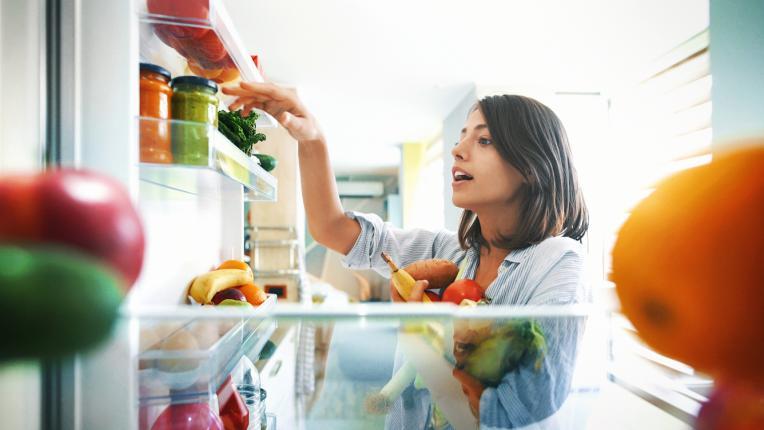 Хитри трикове за почистване на кухненските уреди