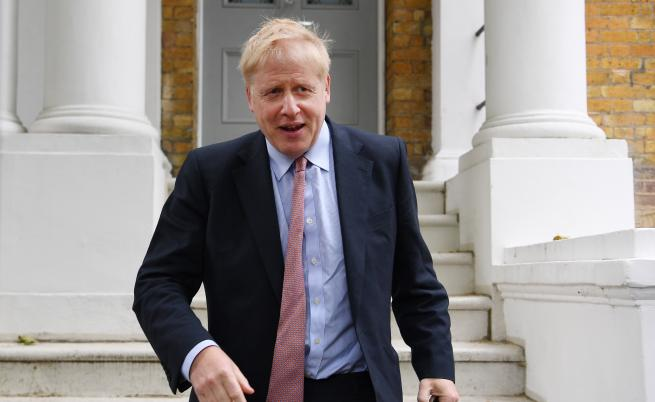 Борис Джонсън ги е лъгал както никой друг и пак му вярват