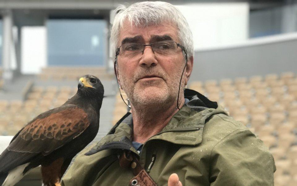 Летяща охрана: Кой пази на Ролан Гарос?