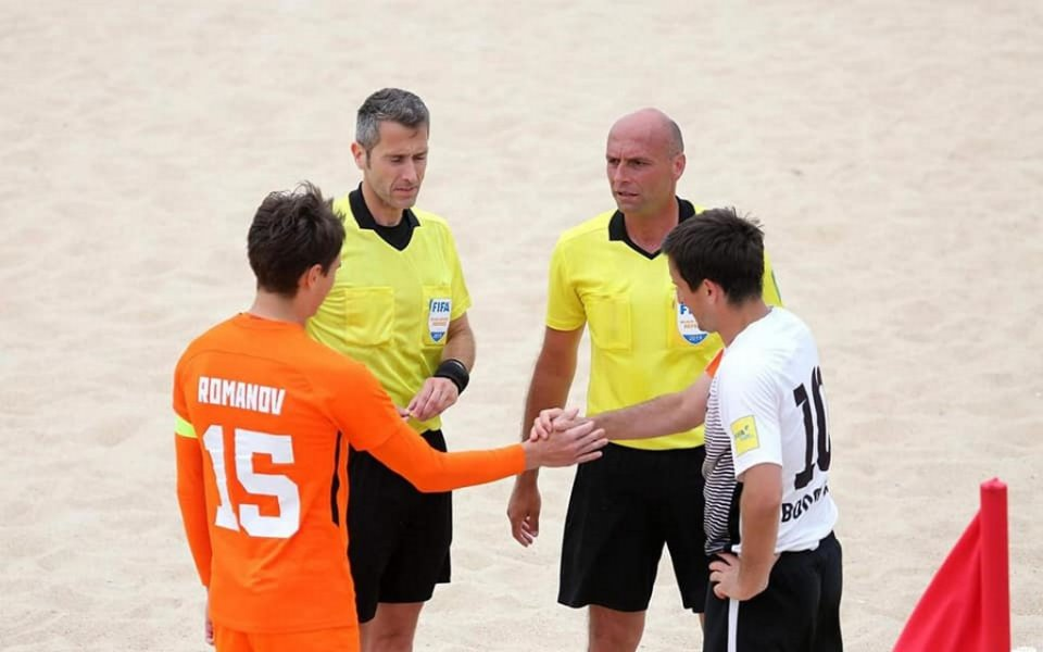 България има своя финалист в Шампионската лига по плажен футбол.