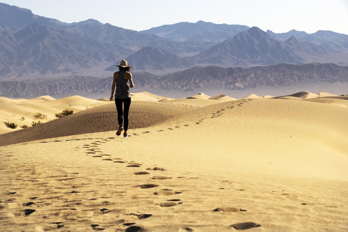 Най-известните от тях са Пясъчни дюни Мескит (Mesquite Sand Dunes).
