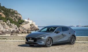 <p>Догодина Mazda ще покаже първата си е-кола</p>
