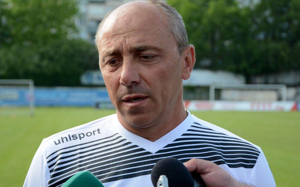 Илиан Илиев решава за двама играчи след контролата с Арда
