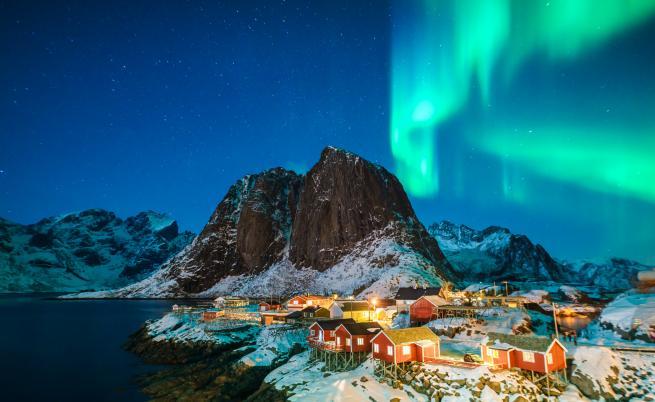 Исландия – земя на тролове, вулкани и северното сияние