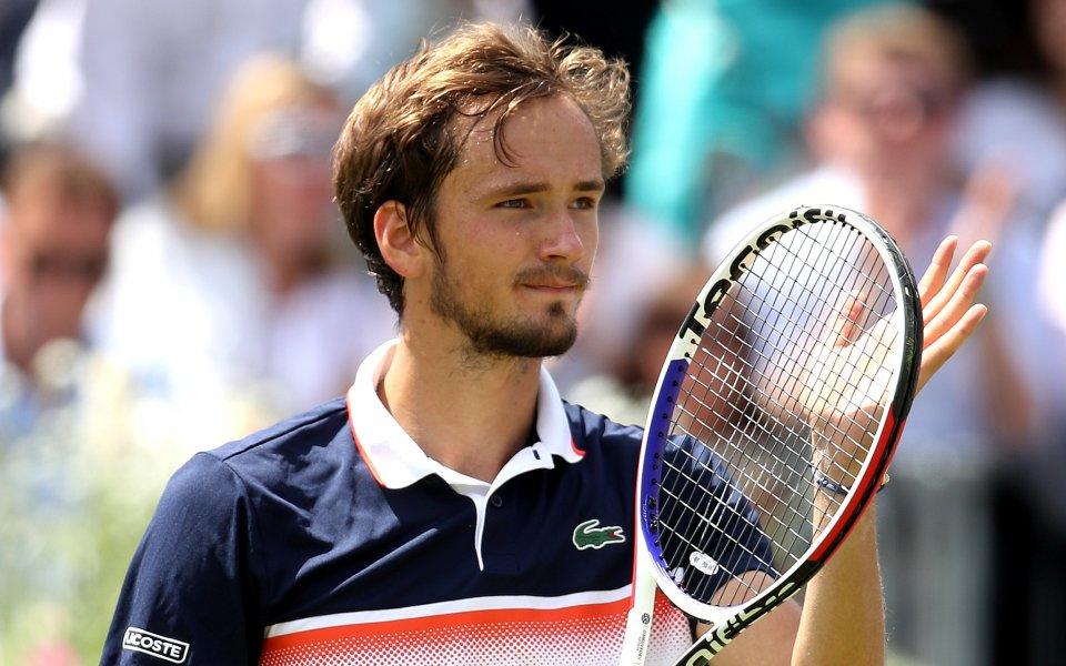 Даниил Медведев се класира за втория кръг на тенис турнира