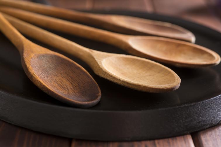 дървена лъжица храна готвене