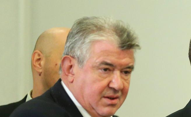 БЕХ не прие оставката на шефа на НЕК