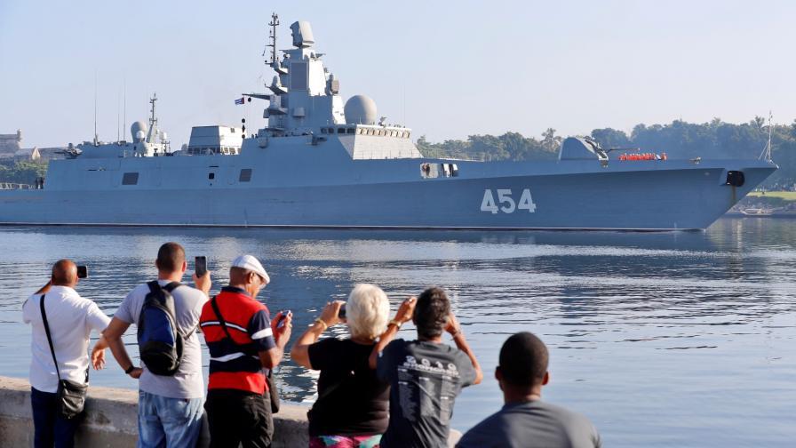 """Фрегатата """"Адмирал Горшков"""" пристига в Хавана"""