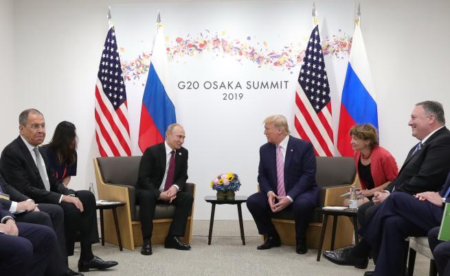 Приключи срещата на Путин и Тръмп,