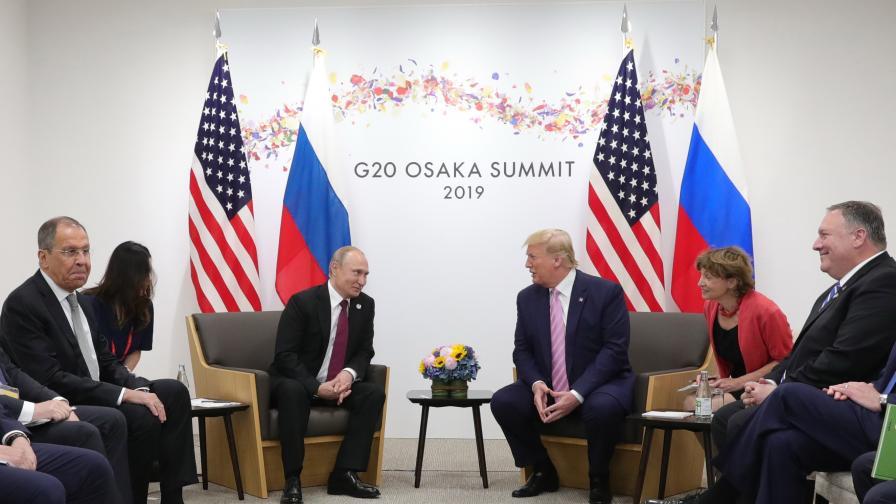 <p>Тръмп размаха пръст срещу Путин, той се засмя</p>