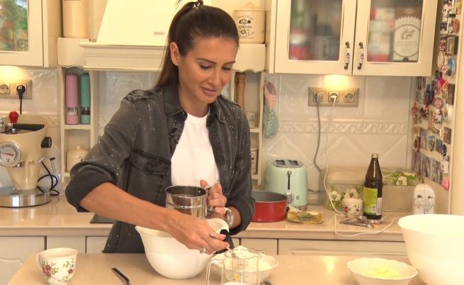 Любимата торта на актрисата Илияна Лазарова и как да я приготвите