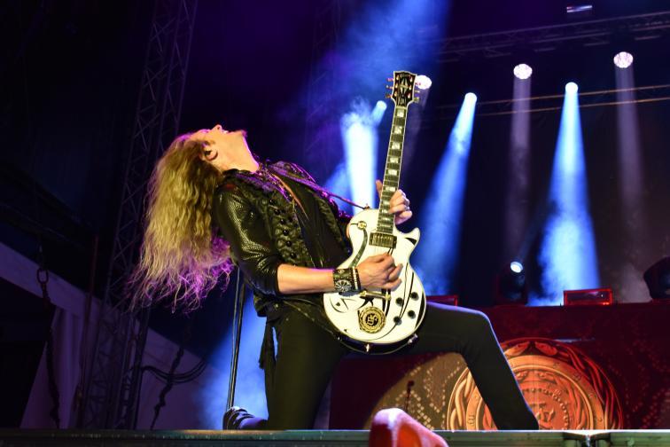 Hills of rock Пловдив фенове Whitesnake