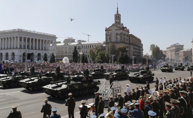 Отмениха парада за Деня на независимостта в Украйна