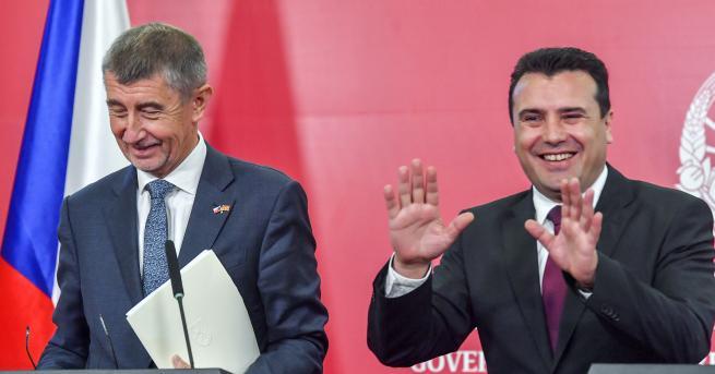Свят Как двама руски комици излъгаха Зоран Заев Премиерът на