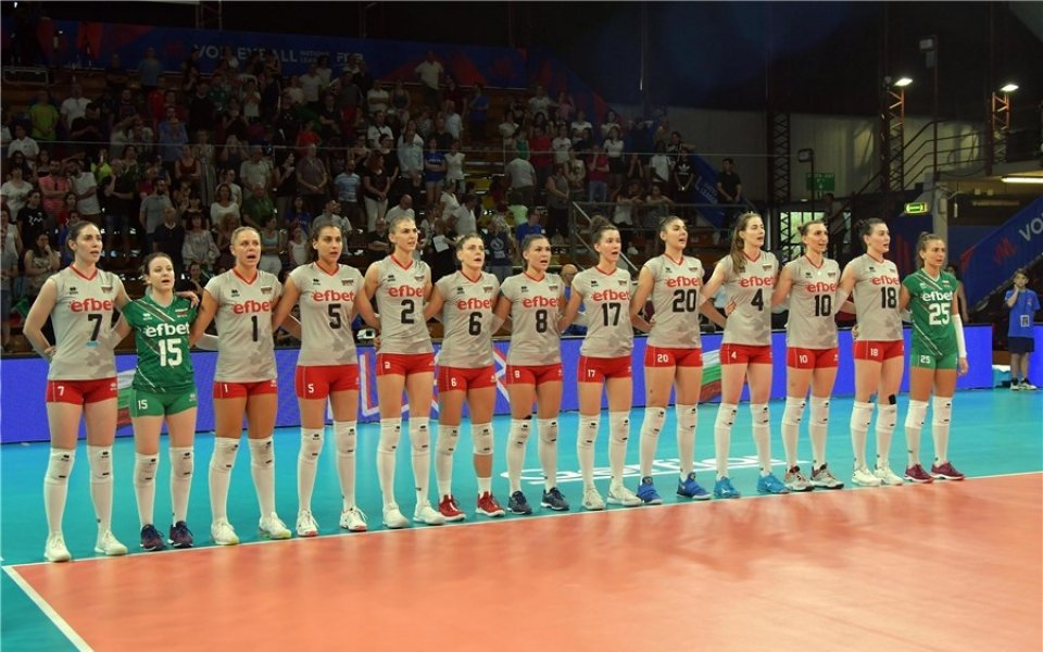 Волейболистките на Азербайджан с всичко най-добро срещу България