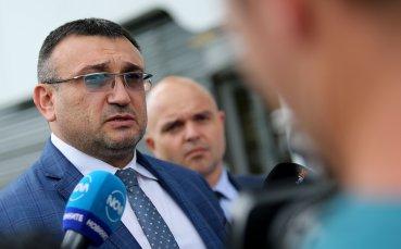 Министър Маринов: Наясно сме какъв натиск се оказва върху реферите