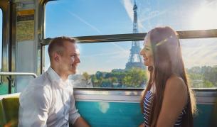 "<p>Красивите лица на <span style=""color:#ffbc00;""><strong>Парижкото метро</strong></span> - истории разказани в снимка&nbsp;</p>"
