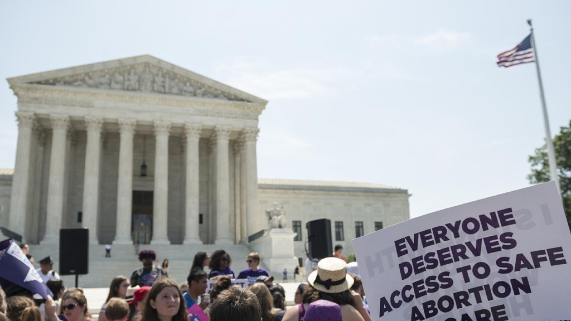 """""""Митът за избора"""" и защо в САЩ се раждат деца без шанс за живот"""