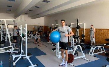 Волейболните национали тренират в училище