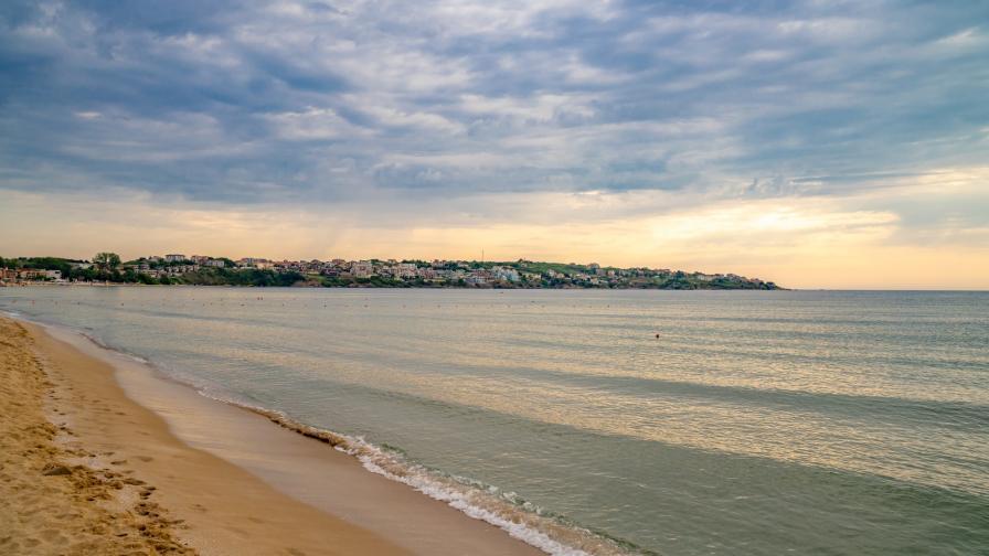 <p><strong>Градина</strong> - едно от най-добрите места за плаж (ВИДЕО)</p>