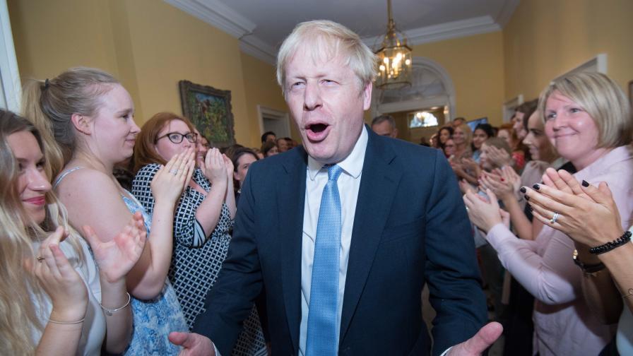 <p>Точно колко откачен е<strong> Борис Джонсън&nbsp; &nbsp;</strong></p>