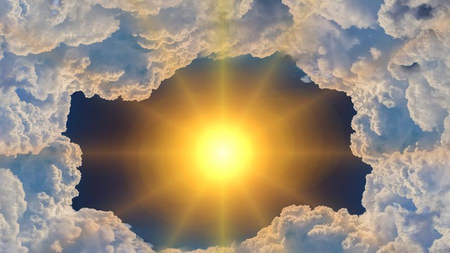 Слънчево начало на седмицата, температурите се покачват