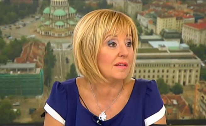 Данните на Мая Манолова хакнати, тя: НАП прехвърля отговорността
