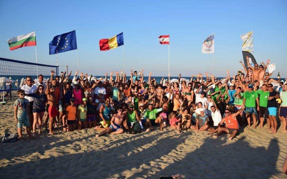 Кранево домакин на силен турнир по плажен волейбол