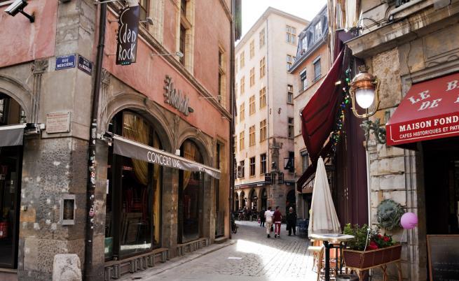 5 по-малки френски градчета, ако Париж ви се струва пренаселен